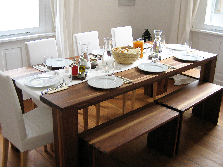 esstisch nussbaum 11treedesigns schreinerei interior design wohnkultur. Black Bedroom Furniture Sets. Home Design Ideas